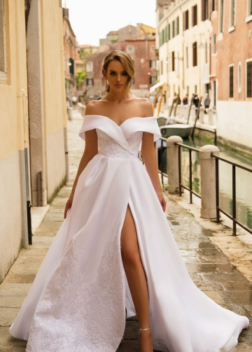 Lace Embroidered White Wedding Gown with Shoulder-to-shoulder Neckline