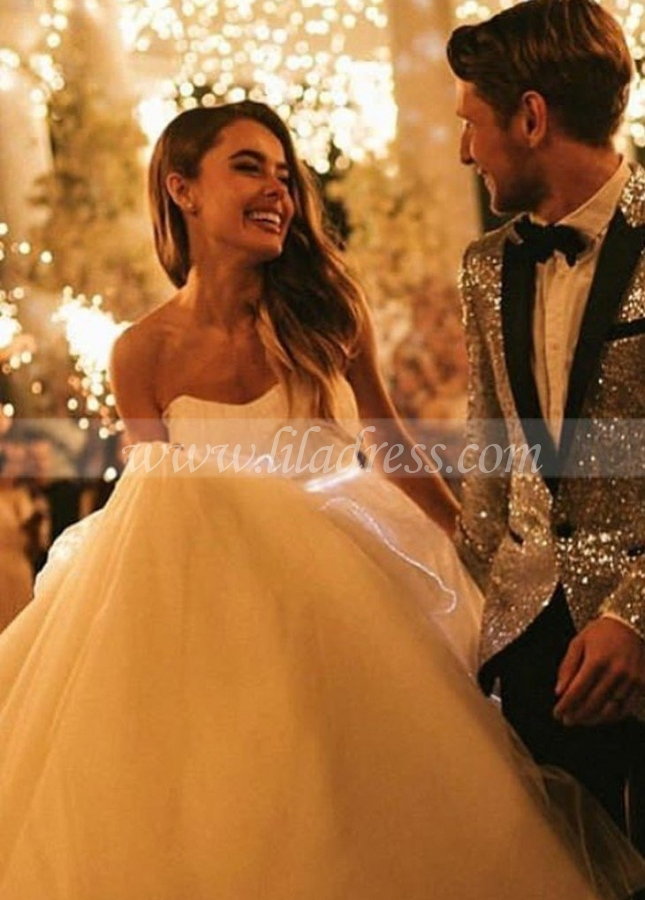 Off-the-shoulder Tulle Wedding Dress Gown with Long Train