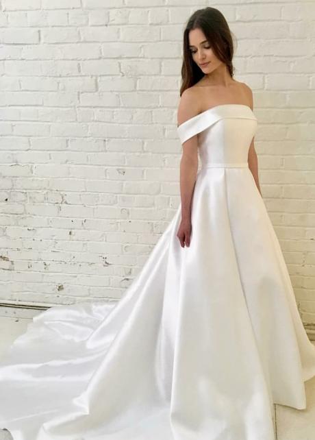 Off-the-shoulder Satin Bridal Wedding Gowns with Off-the-shoulder Neckline