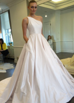 One Shoulder Wedding Gown Satin Chapel Train Vestido de novia