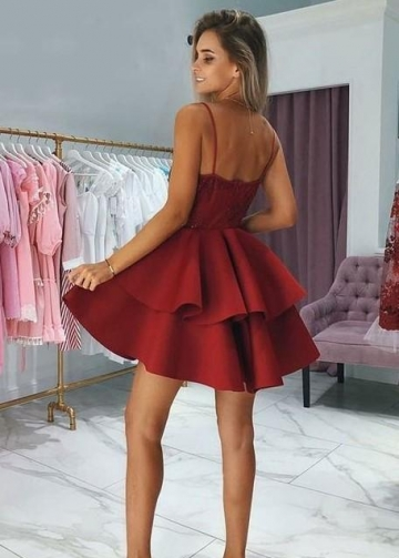 Plunging V-neck Lace Dark Red Cocktail Dress with Tiers Skirt