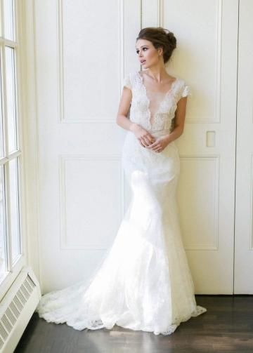 Plunging V-neck Trumpet Wedding Dress Lace Cap Sleeves vestido de noiva de renda