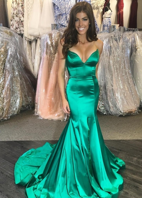 Plunging Sweetheart Green Prom Dress Mermaid Train