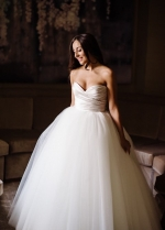 Pleated Sweetheart Ball Gown Wedding Dress Tulle Skirt