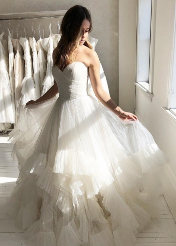Pleated Sweetheart Ivory Wedding Gown with Ruffle Tulle Skirt