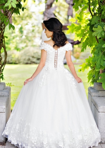 Plunging Neckline White Wedding Gown with Flower Off-the-shoulder