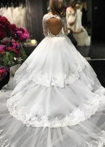 Royal Court Princess Ball Gown Wedding Dress with Long Lace Sleeves