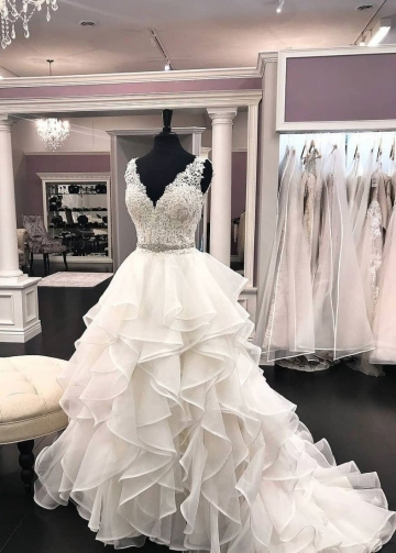 Ruffled Organza Wedding Dresses Lace V-neckline Bodice