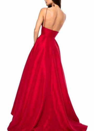 Red Satin V-neckline Simple Prom Gowns with Spaghetti Straps