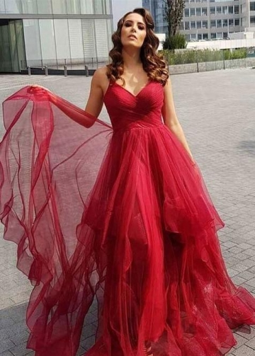 Red Tulle Skirt Prom Dresses with V-neckline