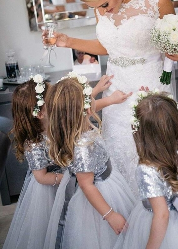 Short Sleeves Silver Sequin Wedding Party Dress for Children