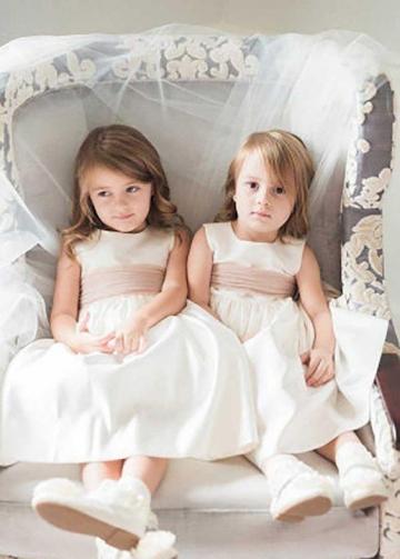 Sleeveless Tulle Waistband Satin Flower Girls Dress Cheap