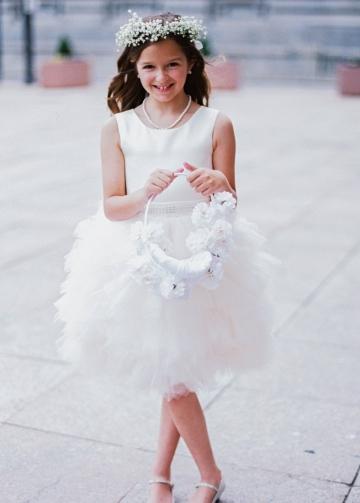 Sleeveless Satin Puffy Tulle Knee Length Flower Girls Dresses with Beaded Belt