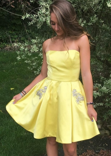 Short Yellow Cocktail Party Gown with Rhinestones Pockets