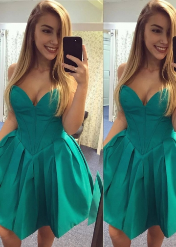 Sweetheart Satin Hunter Green Homecoming Party Gown Backless