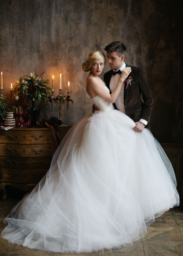 Sweetheart Lace Tulle Princess Ball Gown Wedding Dresses
