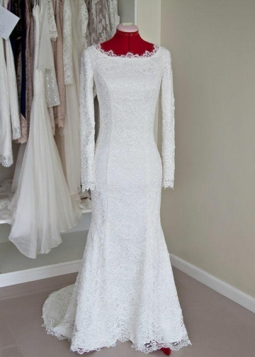 Scoop Neck Lace Winter Modest Wedding Dress Long Sleeves