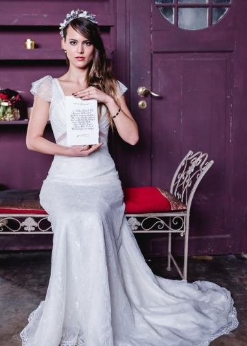 Soft V-neck Lace Wedding Gown Dress with Cap Sleeves