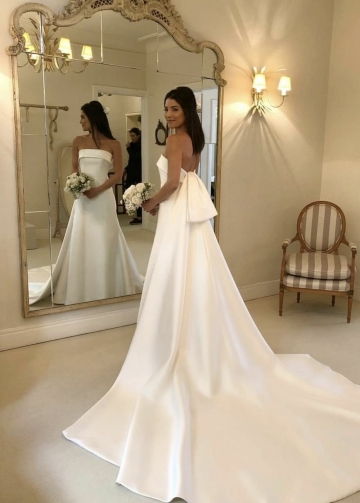Strapless Satin Bride Wedding Dress with Watteau Train