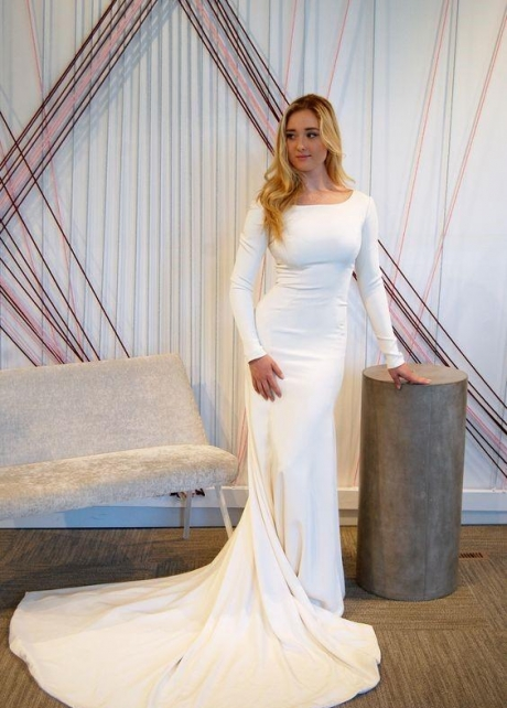 Simple Long Sleeves Wedding Dresses 2020 Spring