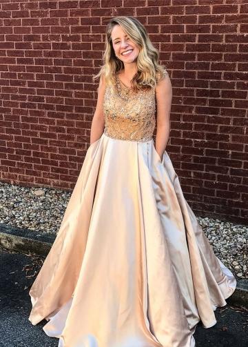 Sleeveless Crystals and Rhinestones Prom Evening Dresses