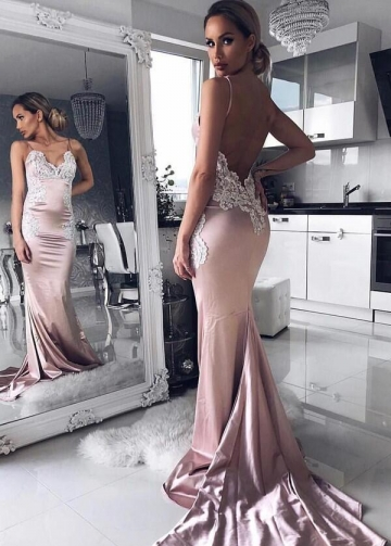 Spaghetti Straps V-neck Slim Long Prom Dress with Lace Appliques