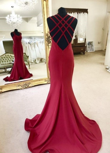 Sweetheart Strappy Backless Mermaid Evening Dress with Sweep Train