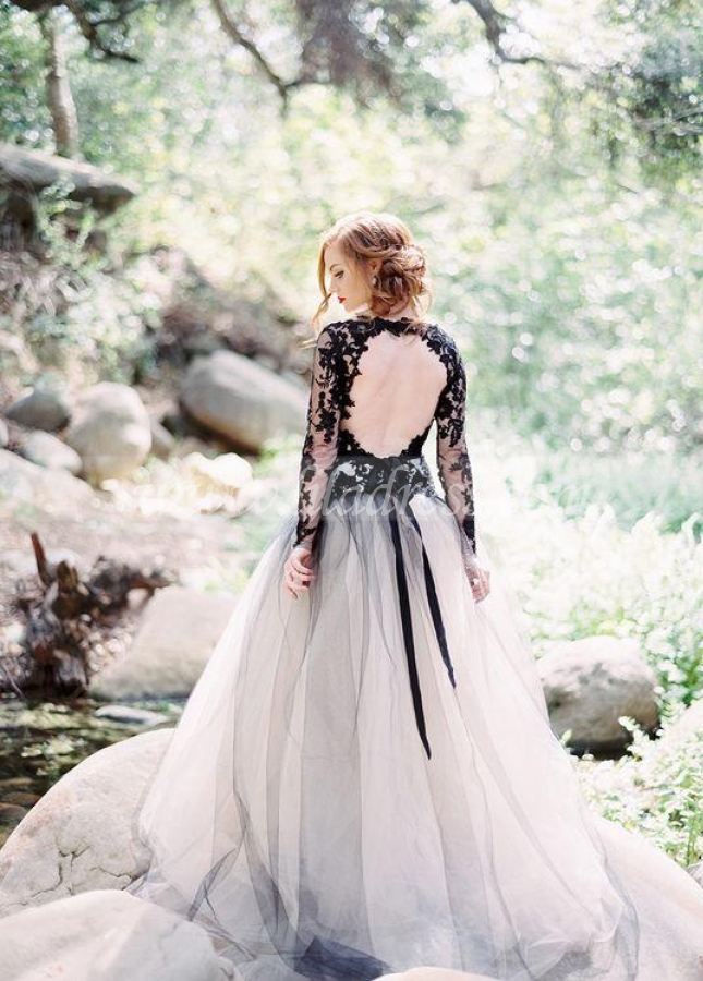 Stylish Lace Appliqued Tulle Black Wedding Gown with Sleeves