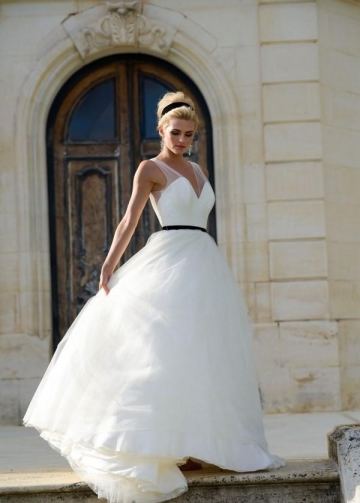 Sheer V-neckline Tulle Wedding Dress with Black Belt