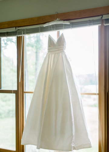 Simple Satin Bridal Gowns Dress with Spaghetti Straps