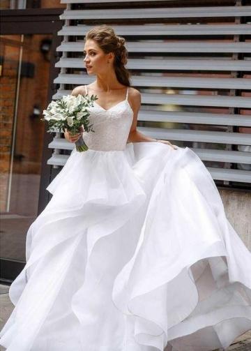 Sweet Girl Wedding Dresses Lace Bodice Horsehair Trim Skirt