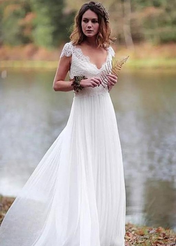 Scalloped-lace V-neckline Summer Wedding Dress with Chiffon Skirt
