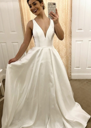 Simple Satin Traditional Wedding Dresses with V-neckline