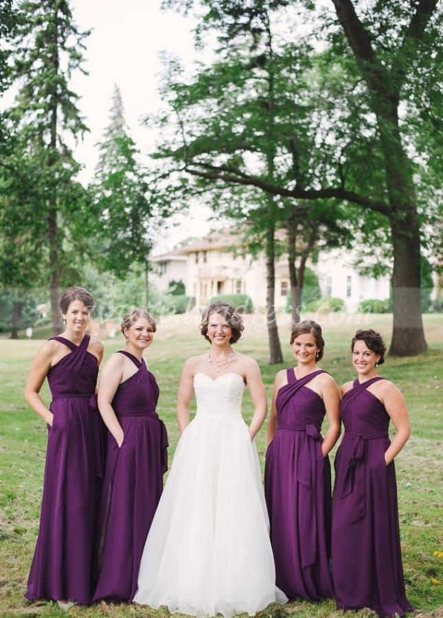 Traditional Wedding Party Dress Grape Purple Chiffon Bridesmaid Gown with Pockets