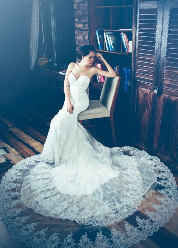 Three Layers Lace Wedding Dress with Sweetheart Bodice