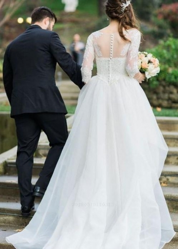 Three Quarter Sleeves Wedding Dresses with Lace Bodice