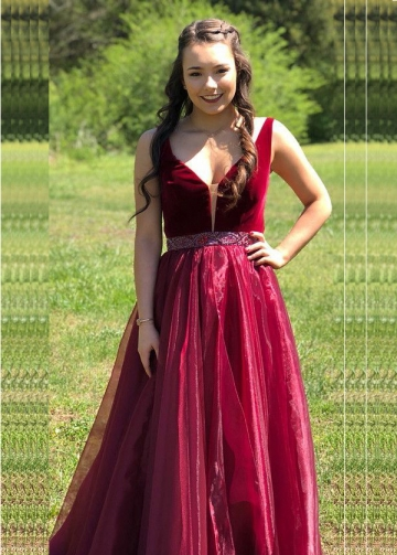 vestido de fiesta A-line Burgundy Organza Prom Gown with Beaded Belt