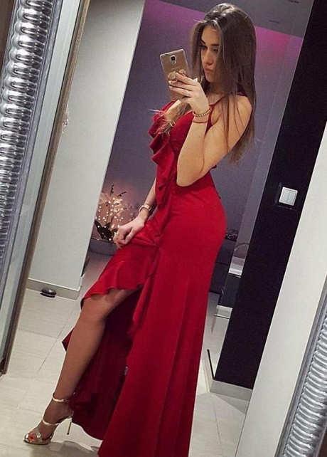 V-neckline Flounced Red Prom Dress with Thin Straps