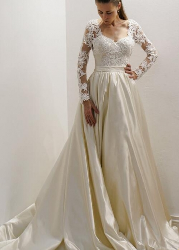 Vintage-inspired Satin Bride Wedding Gown with Lace Long Sleeves