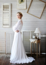 Vintage Chiffon Bridal Gown with Loose Long Sleeves