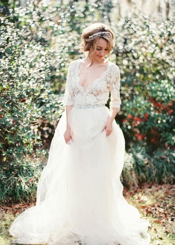 V-neckline Garden Bridal Wedding Dress with Lace Sleeves