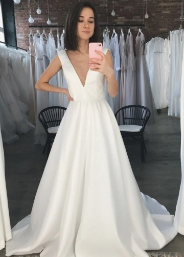 V-neckline White Satin Wedding Gown